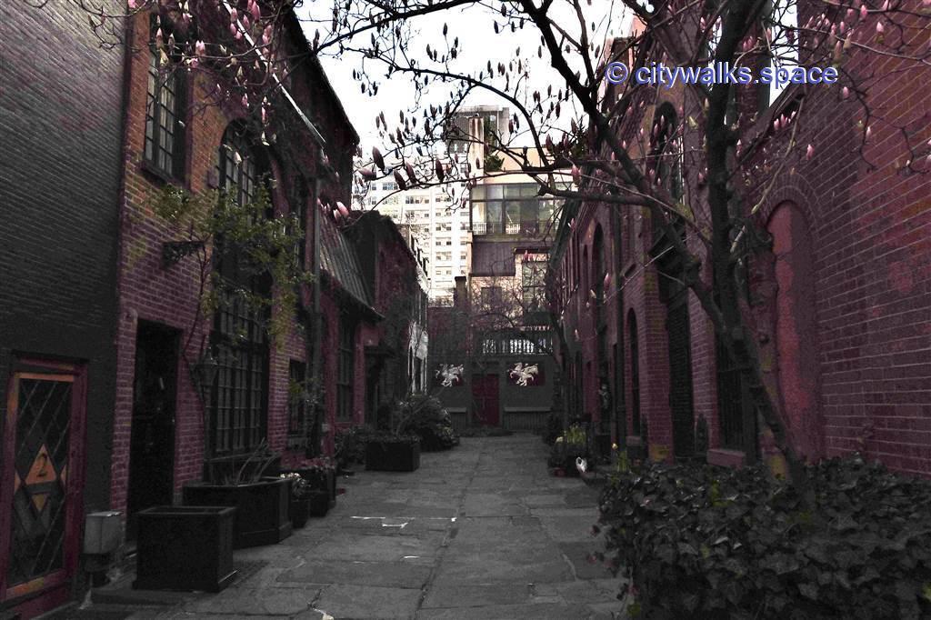 NYC mews